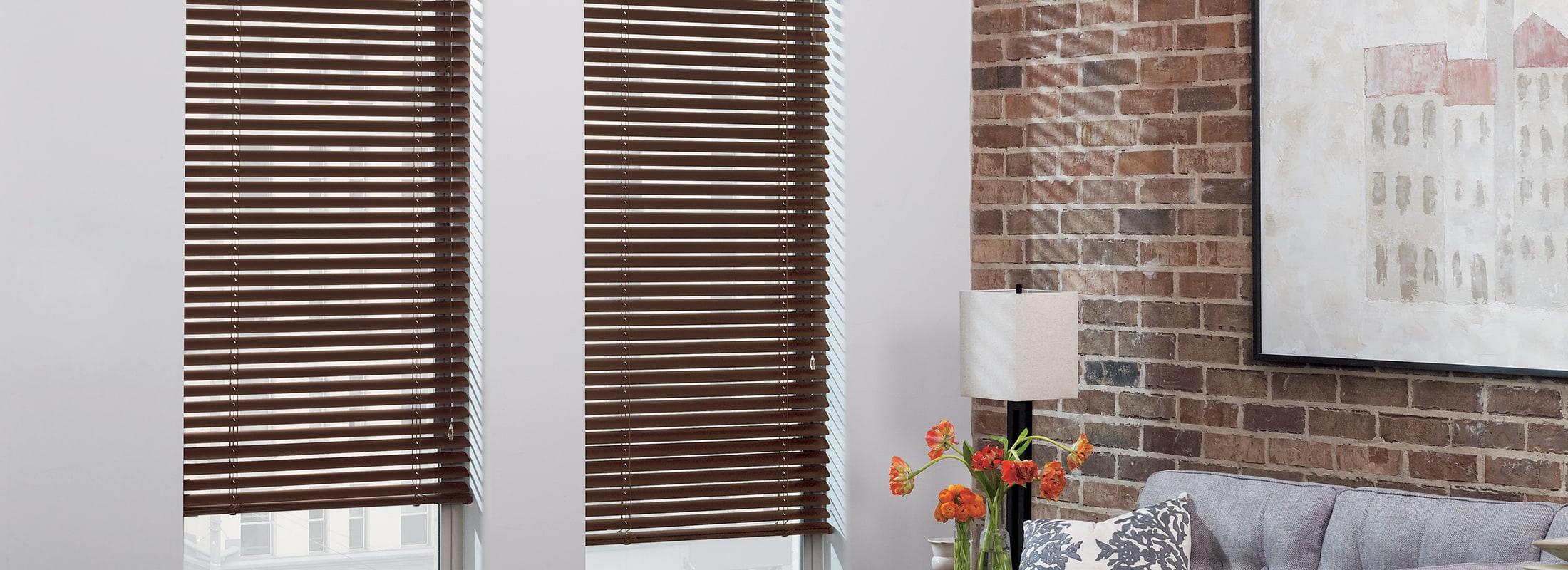 Aluminum blinds in Macro Aluminum Venetian Bronze Brushed - Modern Precious Metals
